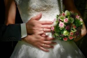 Αυτή είναι η προσευχή για όσους θέλουν να παντρευτούν γρήγορα!