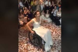 Το πιο σπαρακτικό ζεϊμπέκικο γυναίκας στο ελληνικό διαδίκτυο: Η Ιωάννα συγκίνησε τους πάντες!