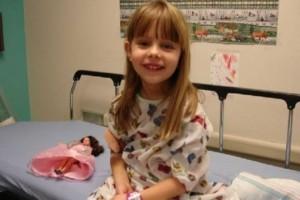 6χρονο κοριτσάκι που έφυγε από καρκίνο άφησε κρυφά μηνύματα σε όλο το σπίτι για να τα βρουν οι γονείς της αφού πεθάνει!
