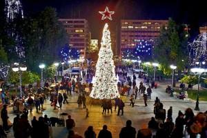 Η πιο λαμπερή Παραμονή Πρωτοχρονιάς έρχεται στην πιο φωτεινή Αθήνα! Ποιοι θα τραγουδήσουν στο Σύνταγμα;