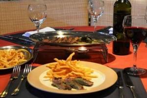 Χριστούγεννα με άρωμα Γαλλίας στο Κολωνάκι: Εδώ θα γευτείς την καλύτερη γαλλική κουζίνα!