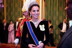 """Η Κέιτ Μίντλετον """"έκλεψε"""" το πολυτιμότερο πράγμα που είχε η πριγκίπισσα Νταϊάνα!"""