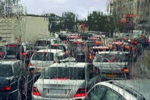 Αυξημένη η κίνηση στους δρόμους: Που έχει μποτιλιάρισμα; (photo)
