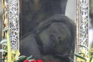 Η άγνωστη περιπέτεια με το λείψανο του Αγίου Σπυρίδωνα: Γιατί ήθελαν να τον μεταφέρουν στην Βενετία;