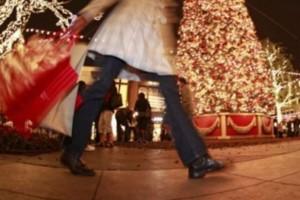 Εορταστικό ωράριο Χριστουγέννων! Ποιες Κυριακές θα είναι ανοιχτά;