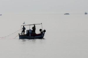 Αιγαίο: Τουρκικό σκάφος παρενόχλησε Έλληνα ψαρά!