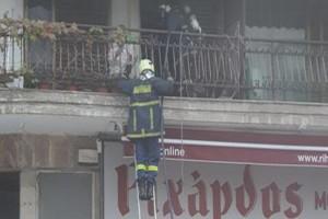 Συναγερμός στη Θεσσαλονίκη: Ξέσπασε φωτιά σε πολυκατοικία! (photo-video)