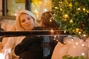 Ελένη Μενεγάκη - Γιάννης Λάτσιος ξανά μαζί! Φωτογραφίες ντοκουμέντο από νυχτερινή τους έξοδο!