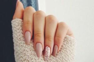 Αυτή είναι η τάση στα νύχια που έχει σπάσει ρεκόρ αναζητήσεων στο instagram και το pinterest!