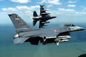 Συναγερμός στο Αιγαίο: Υπερπτήσεις τουρκικών μαχητικών πάνω από τους Λειψούς!
