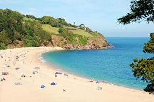 Σοκ σε παραλία! Δεν μπορείτε να φανταστείτε τι έβγαλε η θάλασσα! (photo)