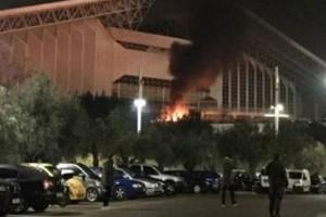 Τρομερά επεισόδια! Έκαψαν περιπολικό στις συγκρούσεις με την Αστυνομία! (video)