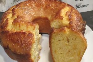 Αυτό το εύκολο και υγιεινό κέικ πορτοκαλιού με ελαιόλαδο, καστανή ζάχαρη και σοκολάτα θα σας κάνει να γλείφετε τα δάχτυλά σας!