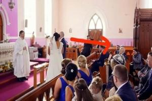Ενώ ήταν έτοιμοι να παντρευτούν, μια φωνή διέκοψε την τελετή - Μόλις η νύφη γύρισε και είδε ποιος ήταν, της κόπηκαν τα γόνατα!