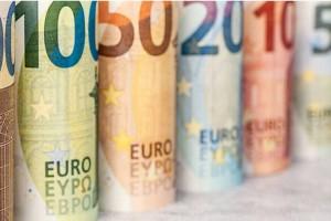 Επίδομα ανάσα: Σε δύο δόσεις θα πάρετε 2.000 ευρώ!