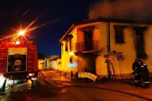 Θρίλερ στην Αργολίδα: Φωτιά σε μονοκατοικία! Στιγμές αγωνίας για τους ενοίκους!
