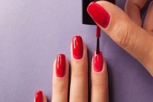 Κάνετε συχνό μανικιούρ; Προσοχή για καρκίνο του δέρματος και άλλους κινδύνους που κρύβονται!