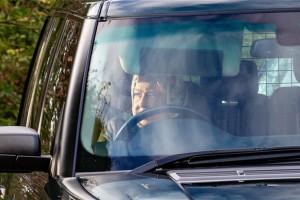 Megxit: Η πρώτη εμφάνιση της Βασίλισσας Ελισάβετ μετά από την ανακοίνωση- βόμβα!