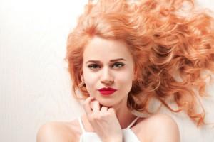 Αυτό είναι το κορυφαίο χρώμα για να βάψεις τα μαλλιά σου το 2020!