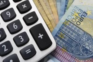 Ποια 700 ευρώ; Αυξάνεται κατά πολύ το κοινωνικό μέρισμα! Πόσα θα πάρετε του χρόνου;