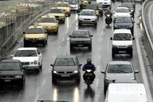 Αυξημένη κίνηση στους δρόμους της Αθήνας: Που παρατηρείται μποτιλιάρισμα; (photo)