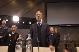 """Τουρκία: """"Τα χωρικά της ύδατα της Ελλάδας φτάνουν τα 6 μίλια""""! Προκαλούν οι δηλώσεις!"""
