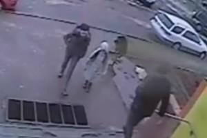 Τρόμος για 9χρονη! Κάμερα ασφαλεία κατέγραψε κάτι το οποίο θα σας σοκάρει! (Video)