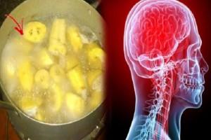 Βράστε μπανάνες, πίειτε το ζουμί τους και μετά κοιμηθείτε...Θα σας λύσει ένα σοβαρό πρόβλημα υγείας!