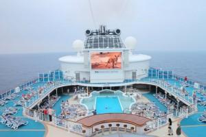 Σοκ στο πλοίο του τρόμου! 13 ακόμη κρούσματα από τον κορωναϊό!