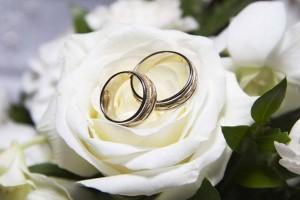 """31χρονη Γιάννα: """"Θα παντρευτώ για τα λεφτά. Όμως έμαθα ότι είμαι έγκυος και ο εραστής μου δεν θέλει αυτό τον γάμο!"""""""