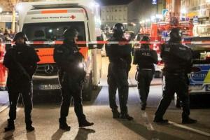 Μακελειό στη Γερμανία: Τουλάχιστον 9 νεκροί και 5 τραυματίες! (Video)
