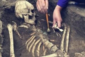 Ανατριχιαστικό: Αυτή είναι η συγκλονιστική ιστορία της γυναίκας που γέννησε στον  ίδιο της τον τάφο