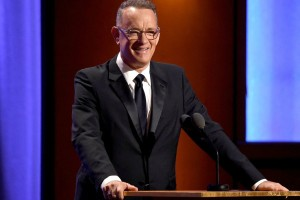 Έπος του Τομ Χανκς! Έκανε push-ups στα Oscars κι έγινε ξανά viral! (video)