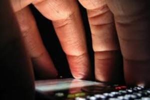 Έτσι σας κλέβουν το Pin των τραπεζικών καρτών μέσω του κινητού σας- Παρακολουθούν μέσω των...