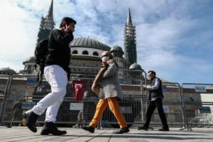 Κορωνοϊός Τουρκία: Ξεπέρασαν τις 10.000 τα κρούσματα