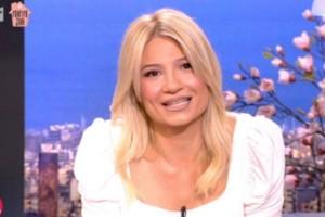 """""""Φώναζα μην μπείτε μέσα"""": Η Φαίη Σκορδά επέστεψε και αποκαλύπτει την περιπέτεια με τον κορωνοϊό"""