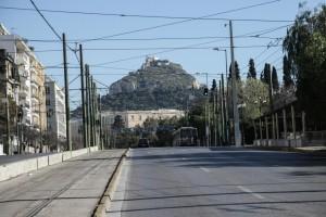 Η φωτογραφία της ημέρας: Άδεια η πόλη, #menoumespiti όλοι μας