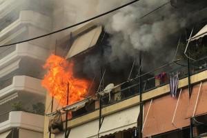 Θρίλερ στην Θεσσαλονίκη: Ισχυρή πυρκαγιά σε διαμέρισμα 5ου ορόφου