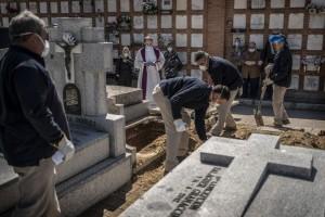 Κόλαση του Δάντη στην Ισπανία - 849 νεκροί σε μια μέρα από τον κορωνοϊό