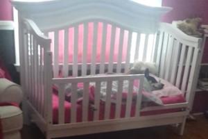 Όταν μια μητέρα μπήκε στο δωμάτιο του μωρού της έμεινε άναυδη - Στην παιδική κούνια κοιμόταν...
