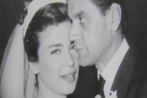 Τζένη Καρέζη: Η σπάνια φωτογραφία από το γάμο της με τον σύζυγο της και η απιστία που με πρόσωπο σοκ