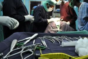 Φρίκη για 21χρονη: Ξερίζωσαν το κεφάλι νεογέννητου - Το μωρό είχε μια τεράστια τρύπα!