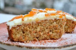 Θεϊκό κέικ καρότο με σιρόπι πορτοκαλιού!