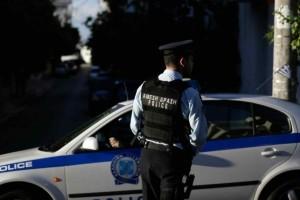Περιστέρι: Αστυνομικοί γλίτωσαν μωρό από βέβαιο πνιγμό
