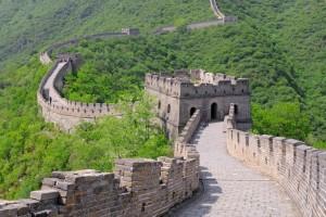 """""""Μαύρη λίστα"""" τουριστών βάζει η Κίνα - Ποιοι θα απαγορεύεται να """"πατήσουν το πόδι"""" τους;"""