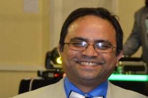 «Παγωμάρα» στη Βρετανία: Πέθανε από κορωνοϊό ο γιατρός που ζητούσε από τον Μπόρις Τζόνσον να πάρει μέτρα!