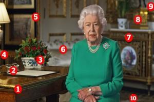 Διάγγελμα Βασίλισσας Ελισάβετ - Τα αντικείμενα που κρύβονται πίσω σοκάρουν το διαδίκτυο