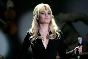 «Θυμάμαι τον πόνο, είναι σαν δολοφονία» - Ανατριχιαστική περιγραφή πασίγνωστης τραγουδίστριας για την απαγωγή και την κακοποίησή της (photo-video)