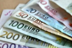 Κορωνοϊός: Αυτές θα είναι οι τρεις ευκαιρίες για να πάρετε το επίδομα των 800 ευρώ