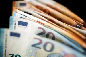 «Τα λεφτά στην Ελλάδα φτάνουν μέχρι τον Ιούνιο, μετά μπορεί να υπάρξουν παρεμβάσεις σε μισθούς-συντάξεις» - Εφιαλτική εκτίμηση για τον κορωνοϊό!